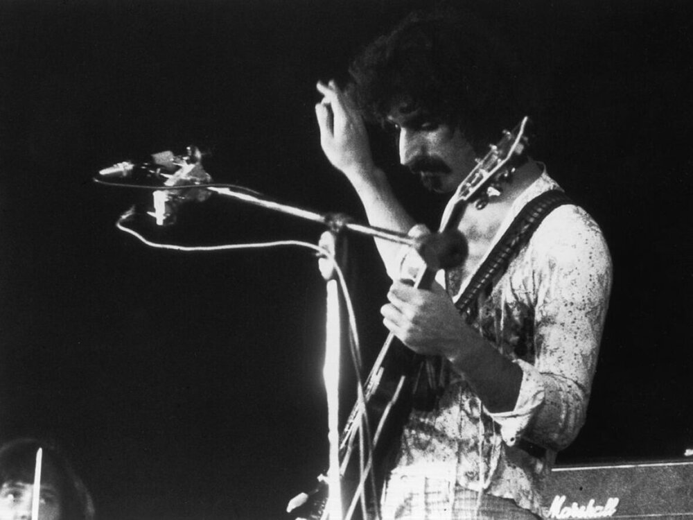15th September 1972: Singer-songwriter Frank Zappa (1940 - 1993) in concert. (Photo by Evening Standard/Getty Images) (Evening Standard/Getty Images)